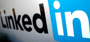 The logo for LinkedIn Corporation is pictured in Mountain View, California in this file photo taken February 6, 2013. LinkedIn Corp posted better-than-expected third quarter revenue of $393 million on Tuesday, a 56 percent jump from a year ago, but issued a conservative revenue forecast for the fourth quarter and fiscal 2013.  REUTERS/Robert Galbraith/Files   (UNITED STATES - Tags: SCIENCE TECHNOLOGY BUSINESS)